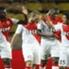 Elderson festeggiato dai compagni dopo il goal contro il Reims.