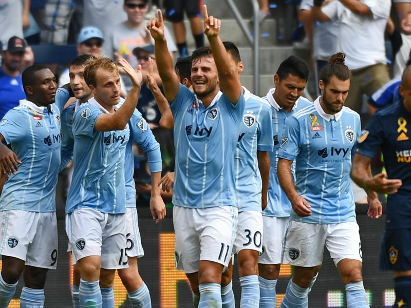 MLS Review: Sporting KC, Portland keep pressure on