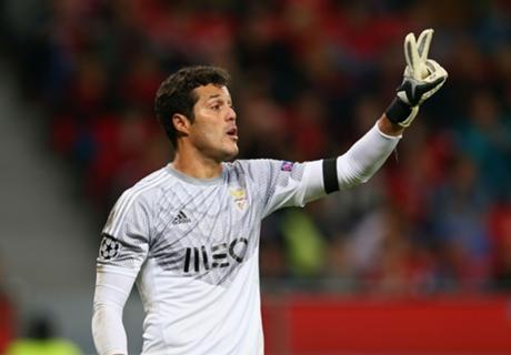 Benfica: J.Cesar será titular na UCL