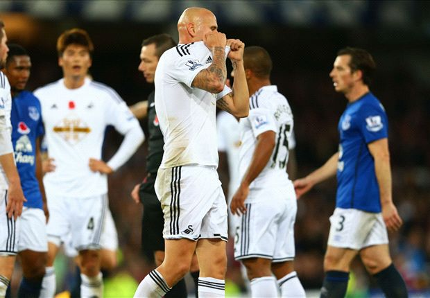 Everton 0-0 Swansea City: Ten-man Swans earn battling draw