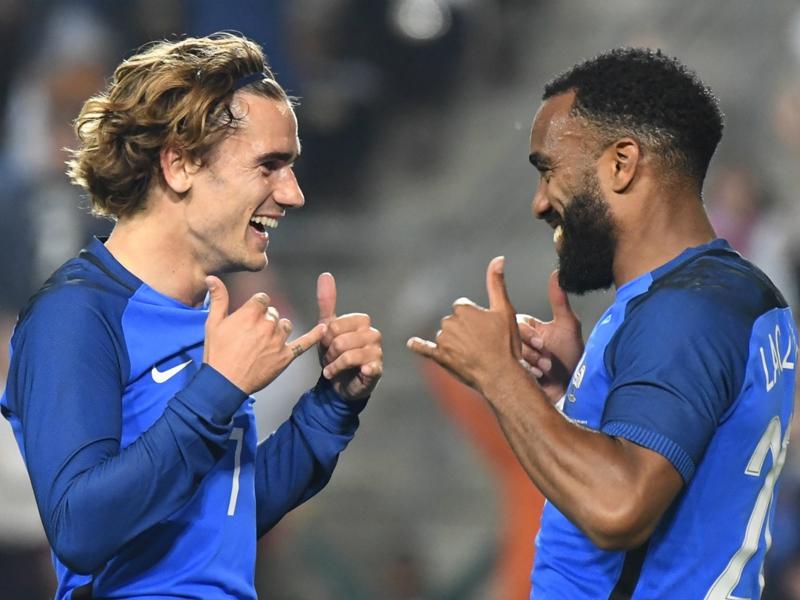 Bulgarie-France - Les Bleus en 4-3-3 avec Tolisso et Lacazette
