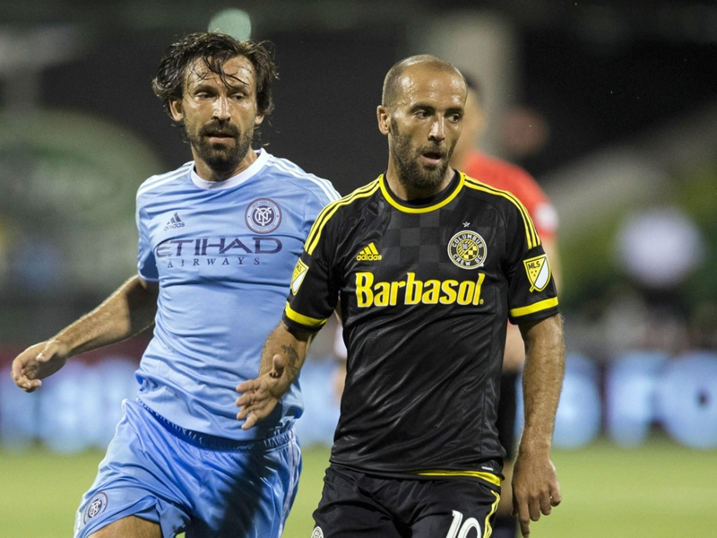Columbus Crew re-sign Federico Higuain to new contract
