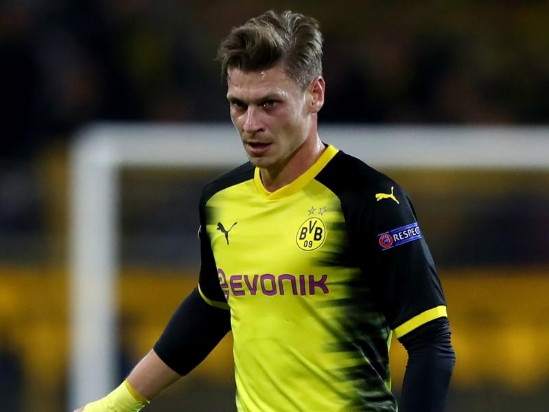 Borussia Dortmund suffer Piszczek injury blow