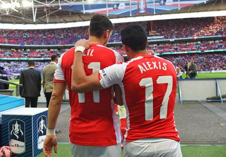'Ozil and Alexis committed to Arsenal'