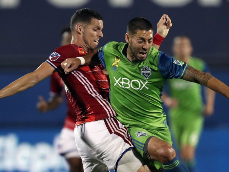 LIVE: Playoff spots at stake in MLS Week 32