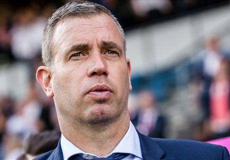 Hake stopt als hoofdtrainer bij FC Twente na slechte resultaten