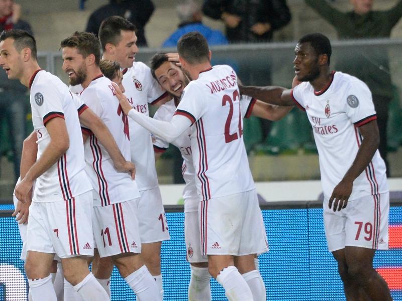 """Cena di squadra per il Milan, Bonucci: """"L'unione fa la forza"""""""