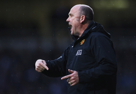 Mike Phelan Segera Gabung Hull City?