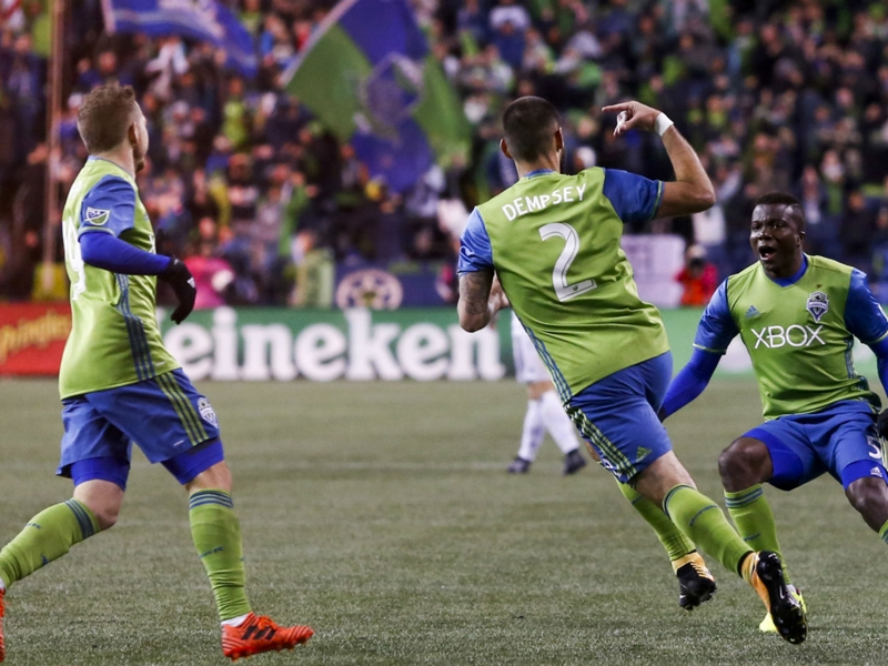Dempsey leads Seattle past Vancouver