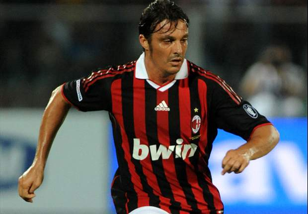 Massimo Oddo Tak Terkejut Performa Buruk AC Milan
