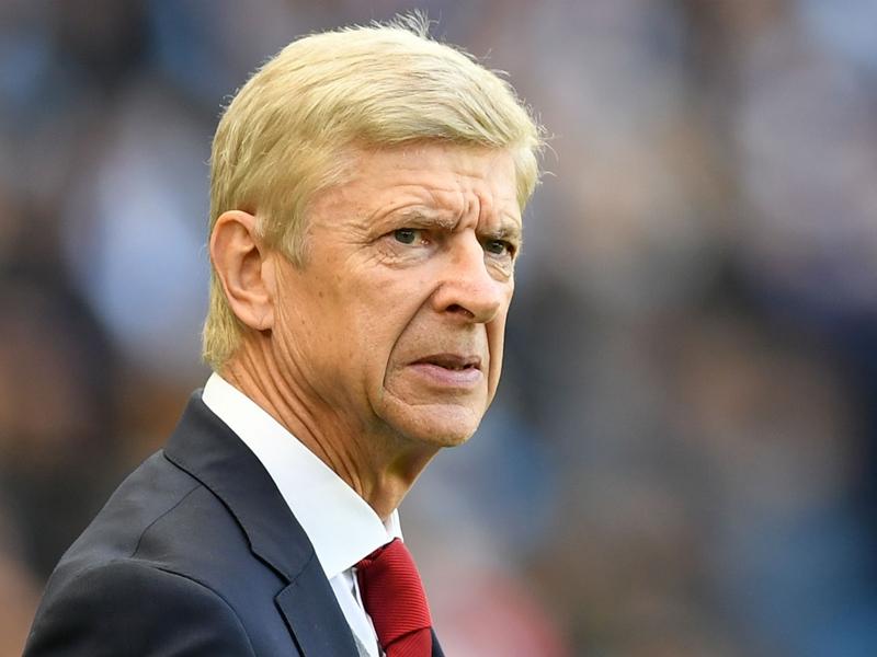 Everyone's got Arsene Wenger's back at Arsenal, says Alex Iwobi