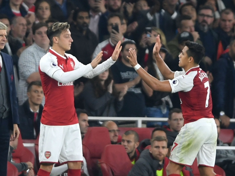 They love the club - Wenger hopeful over Ozil & Sanchez deals