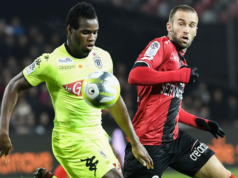 Guingamp-Angers 1-1, Guingamp n'avance plus