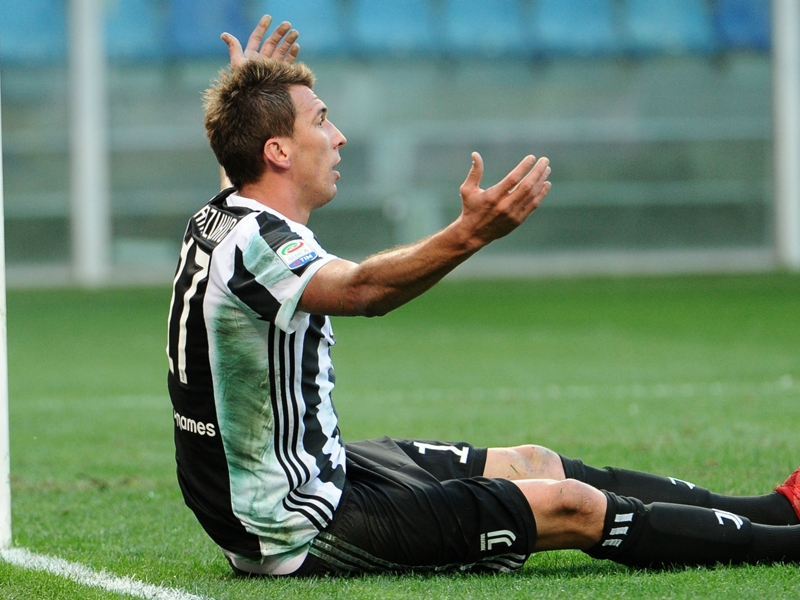 Sampdoria 3 Juventus 2: Champions slip further off the pace after thriller