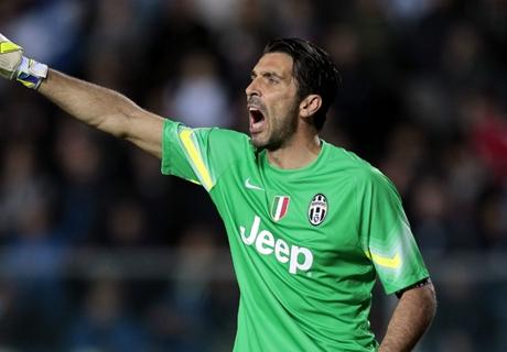 When should Buffon retire?