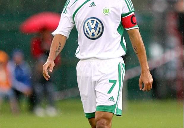 Wolfsburg Lepas Josue