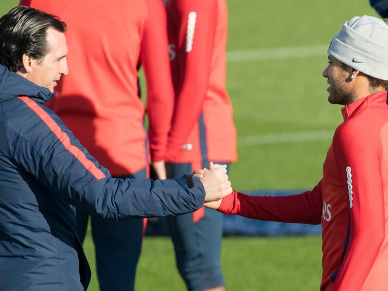 """Unai Emery : """"Neymar m'a demandé d'aller au Real Madrid ? Il n'a besoin d'aucun conseil"""""""
