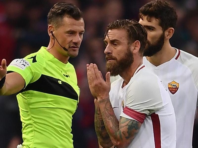 Roma, De Rossi spera nello sconto: due giornate come Bonucci?