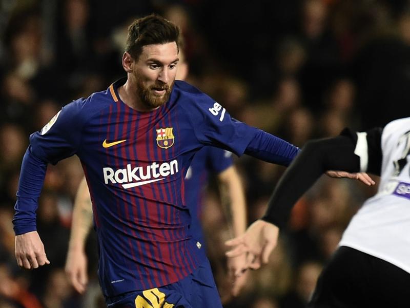 Barcelona v Celta Vigo: Messi and Suarez to guide hosts to thrilling three points