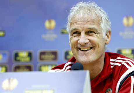 Pelatih Feyenoord Bahagia Tekuk Sevilla