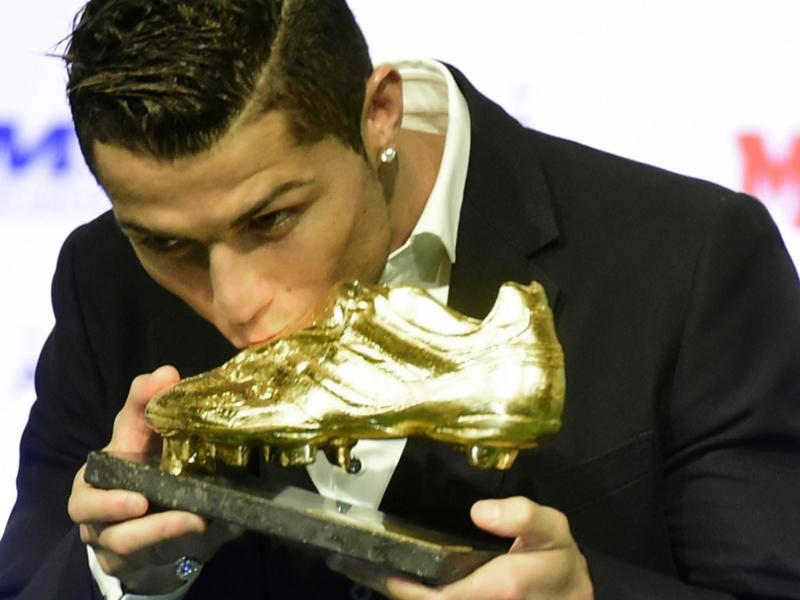 Ultime Notizie: Scarpa d'Oro 2014/2015, la classifica: Cristiano Ronaldo in testa, altri due goal. Sale Tevez