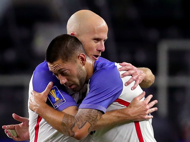 Long-time USMNT teammates Dempsey and Bradley set to battle in quest for first club title