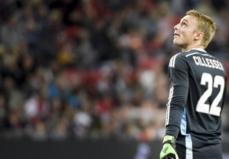 Laporan Laga: Ajax 4-1 Heerenveen