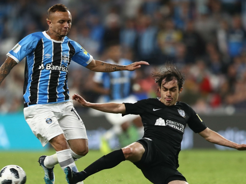Gremio 1 Pachuca 0 (after extra time): Everton stunner sends Brazilians into final