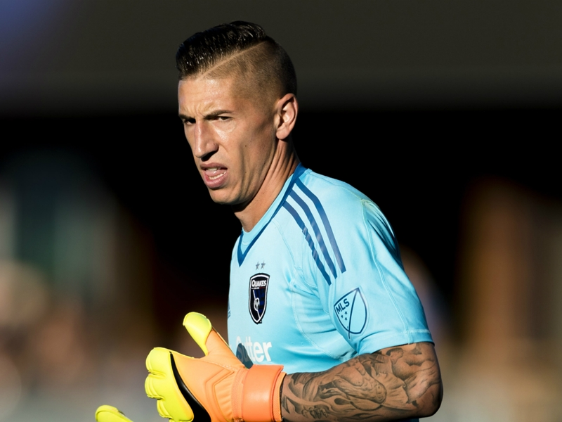 LA Galaxy acquire USMNT goalkeeper Bingham from Earthquakes