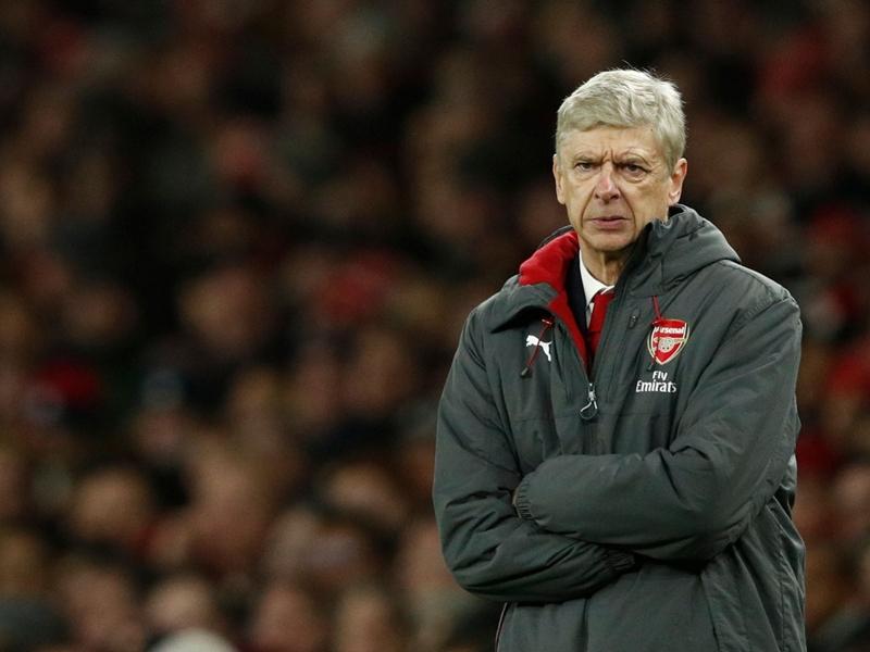 Arsenal, Wenger pas inquiet pour Lacazette