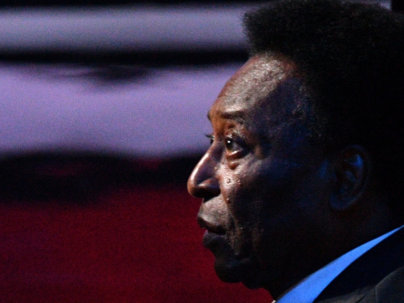 Pelé encourage Neymar à battre son record