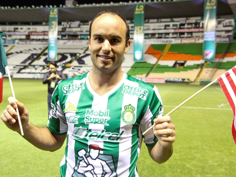 Donovan given hero's welcome at Leon unveiling