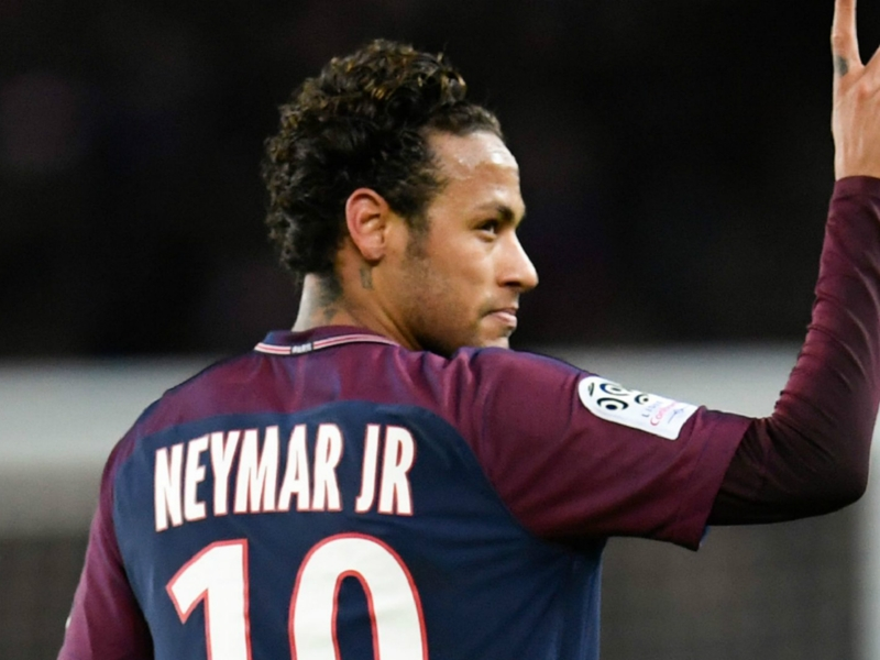 PSG, Neymar aux soins