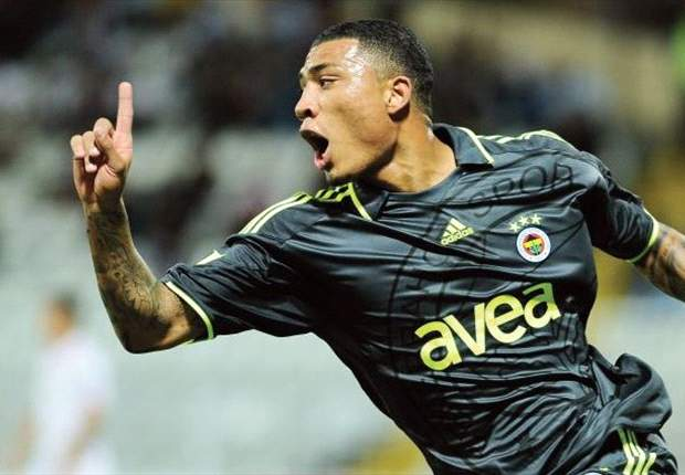 Official: Galatasaray sign Colin Kazim-Richards on a free transfer from arch-rivals Fenerbahce