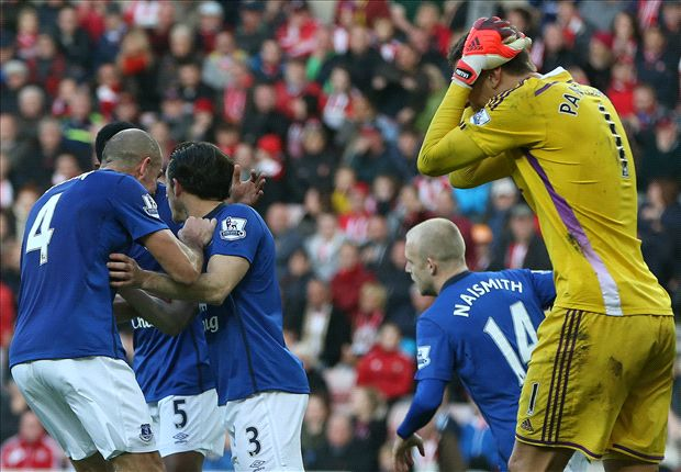 Sunderland 1-1 Everton: Baines penalty saves Toffees