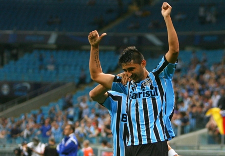Gremio goleó a Inter en el clásico