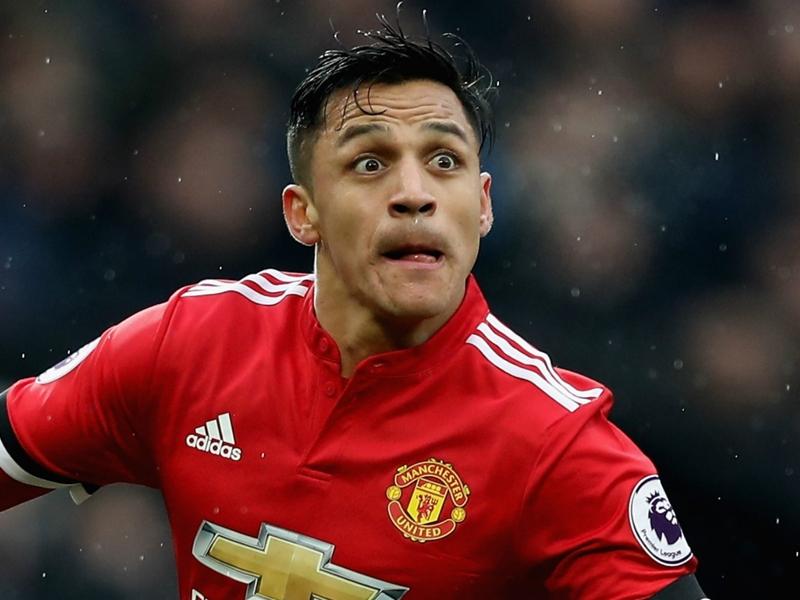 Alexis Sanchez encense Manchester United et enfonce Arsenal