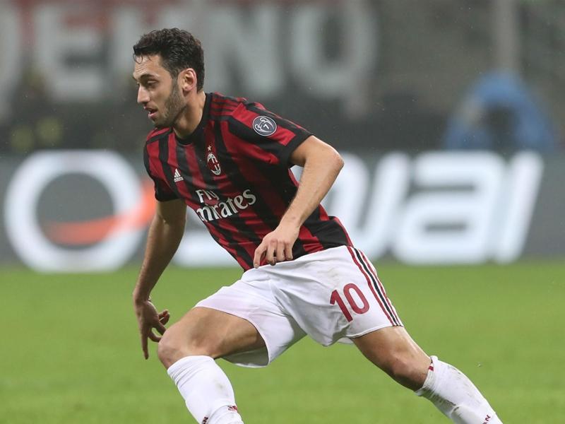 AC Milan boss Gattuso surprised by 'complete' Calhanoglu