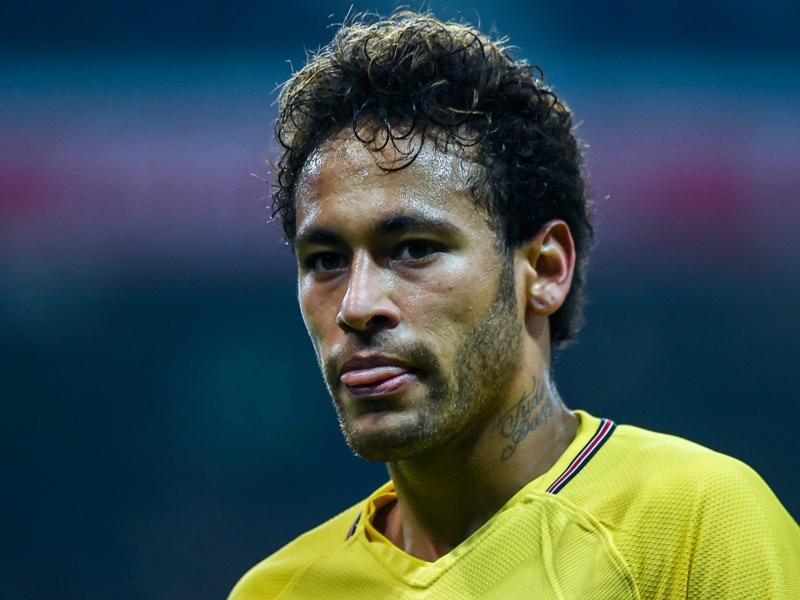 PSG - La plainte de Neymar rejetée par la FIFA ?