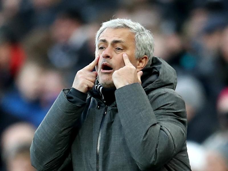 Manchester United, Mourinho se prononce sur l'arbitrage vidéo