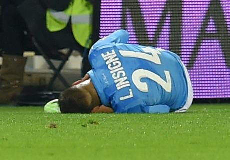 Insigne suffers knee injury