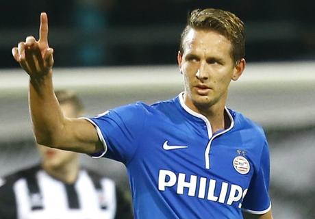 PSV Pertahankan Takhta Klasemen
