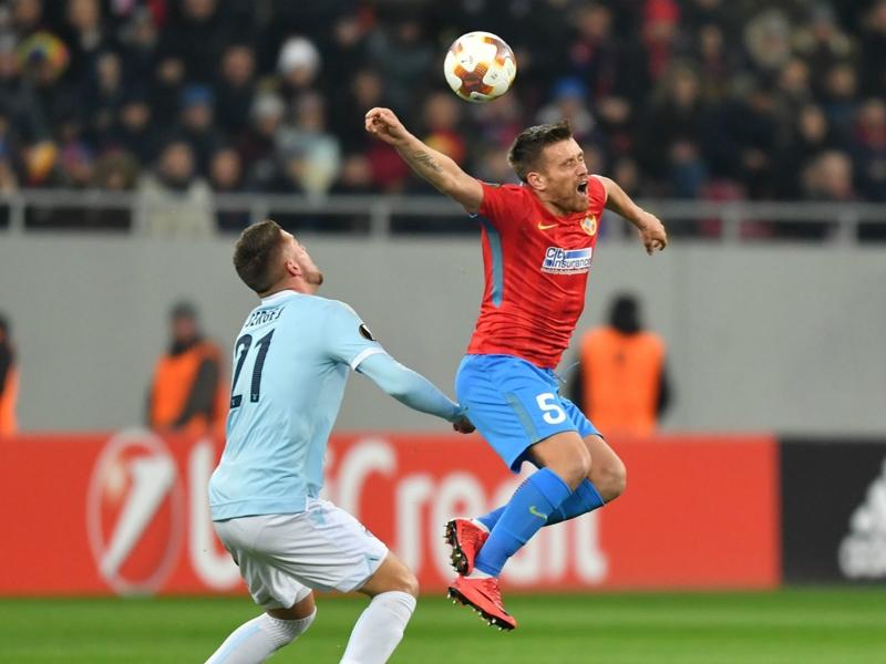 Radu e Immobile, maglie al tifoso malato: striscione dello Steaua
