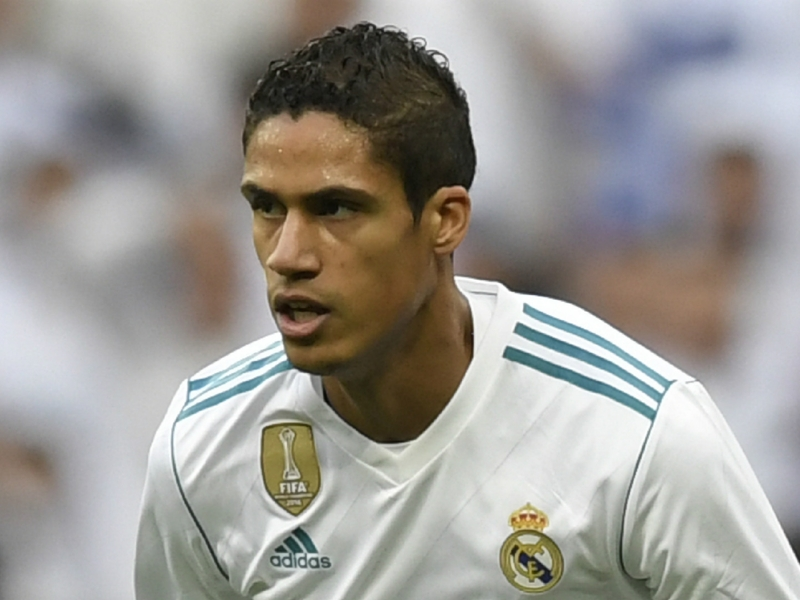 Real Madrid, Varane admet des contacts avec Mourinho