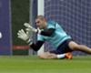 """Mata: """"Víctor Valdés está entrenando con el filial de Manchester United"""""""