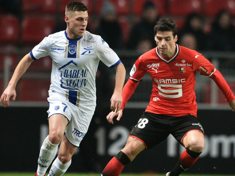 Rennes-Troyes 2-0, Rennes enfonce Troyes