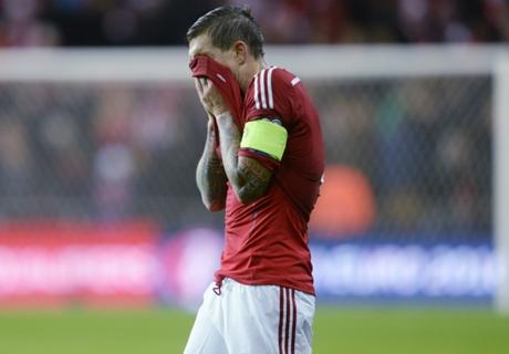 Danemark, Agger forfait contre la Serbie