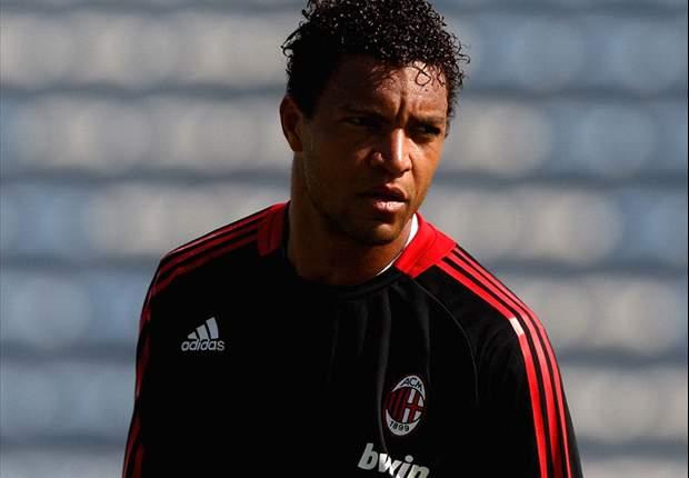 Dida Cetak Gol, AC Milan Glorie Sikat Indonesia Legend