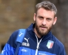 De Rossi leaves World Cup medal in Italy kitman's coffin in tribute to his friend
