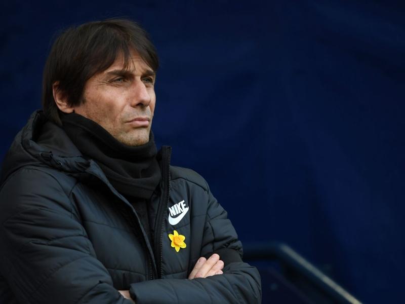 Face au Barça, Antonio Conte fait son baroud d'honneur avec Chelsea